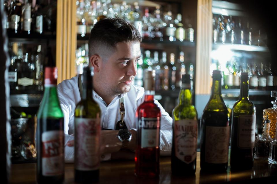 Alkoholfreier Kräuterschnaps - Wermut Alternativen in der Übersicht
